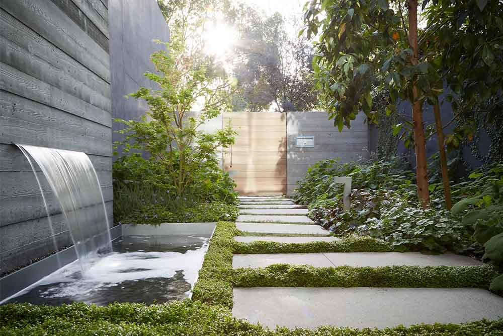 eyrc crescent drive home landscape establishes tranquility