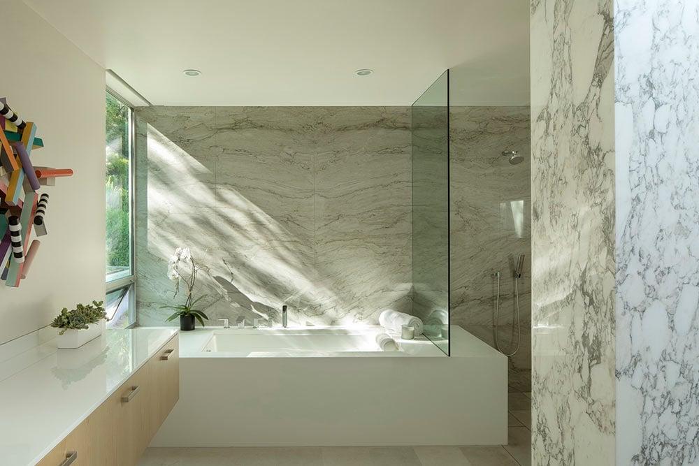 modern-spa-bathroom-window-placement