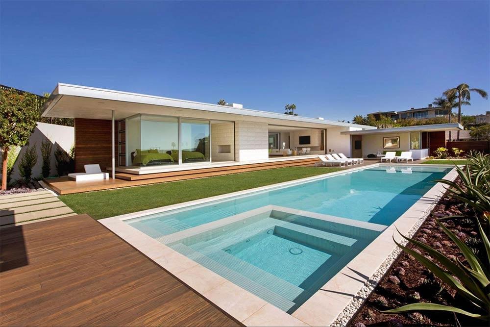 Irvine-cove-modern-flat-roof