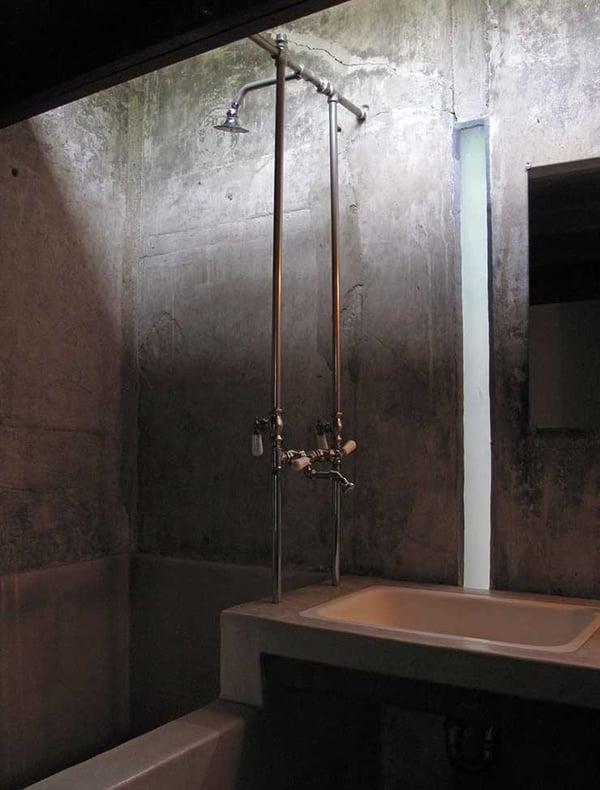 Kings-Road-House-Concrete-Bathroom