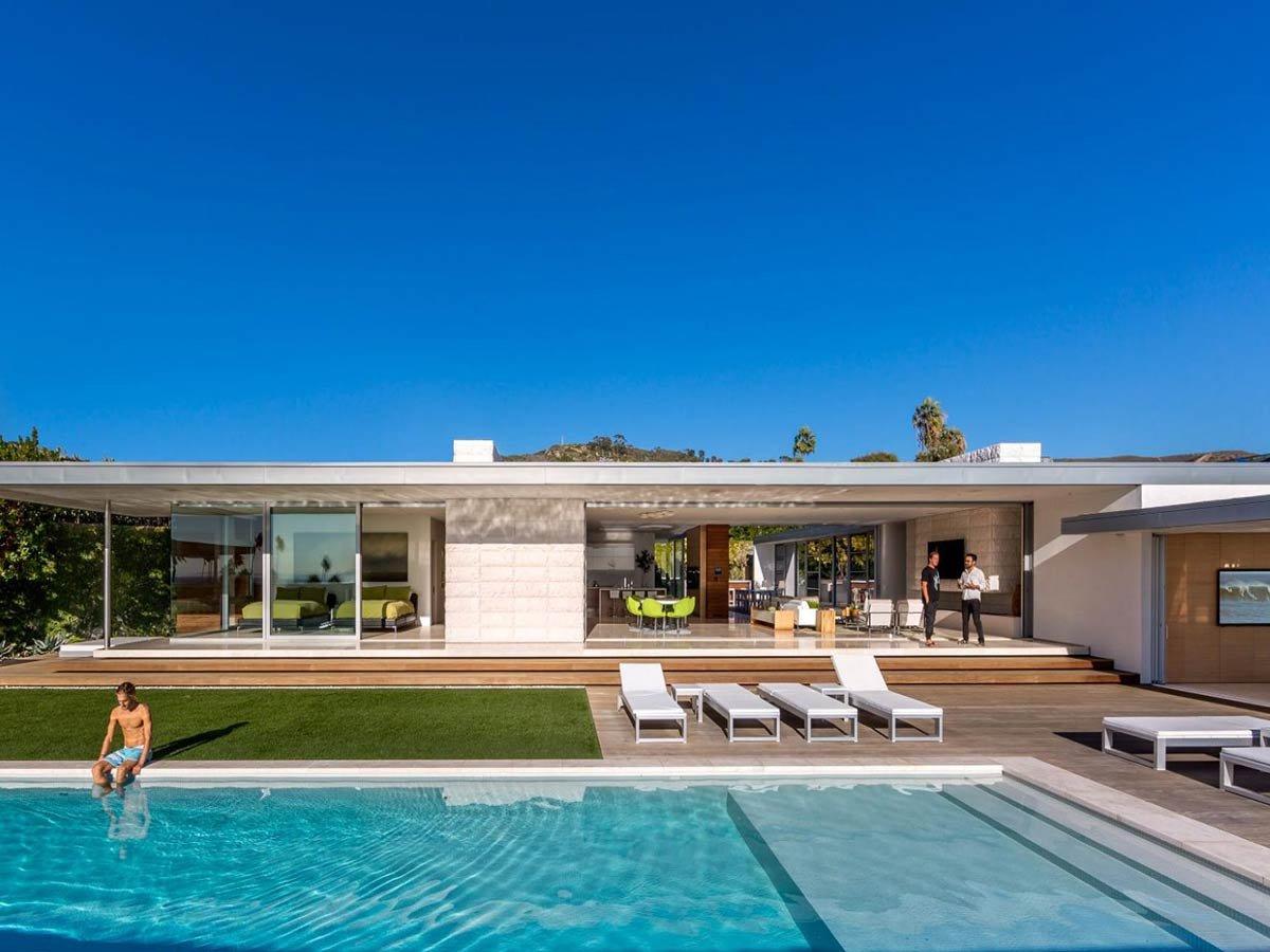 modern-flat-roof-design-irvine-cove